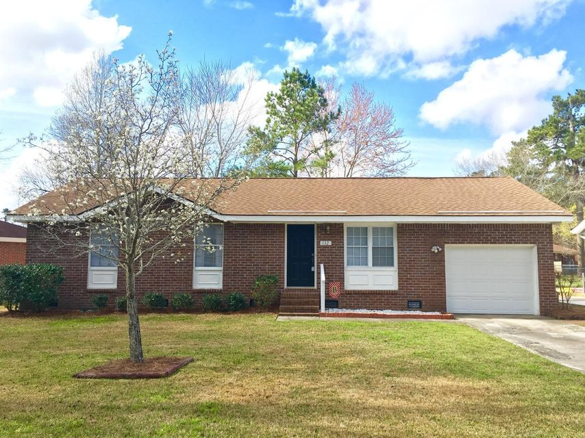 132  Heather Drive Summerville, SC 29483