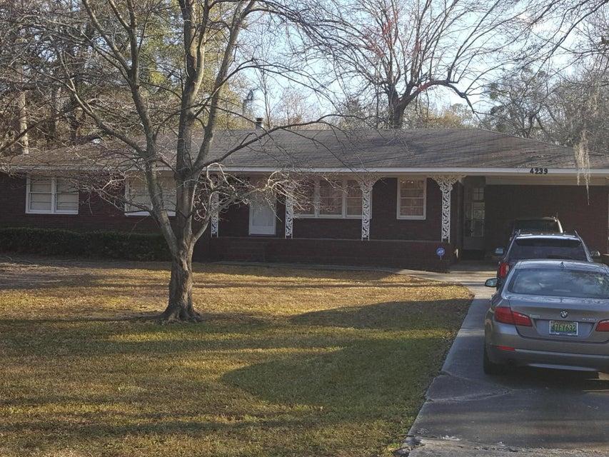 4239  Dorsey Avenue North Charleston, SC 29405