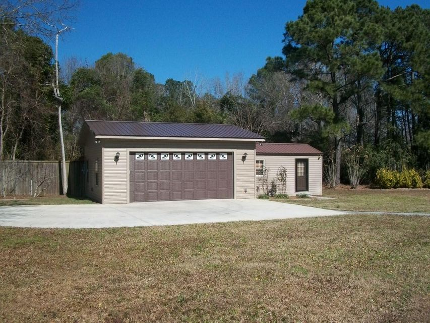 112  Jacks Lane Bonneau, SC 29431
