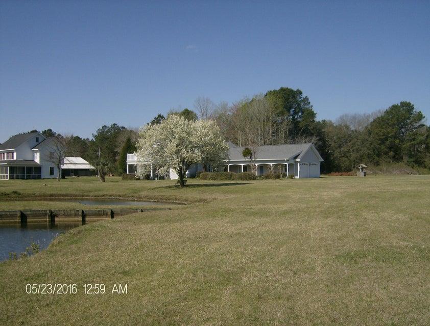 10970 N Highway 17 Mcclellanville, SC 29458