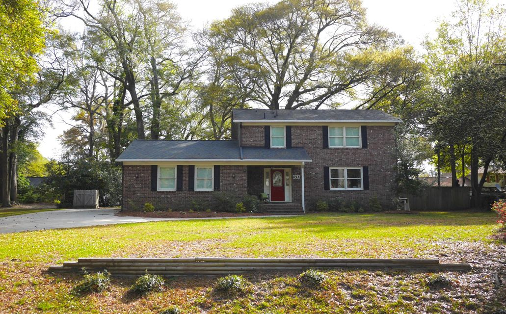 652  Pelzer Drive Mount Pleasant, SC 29464