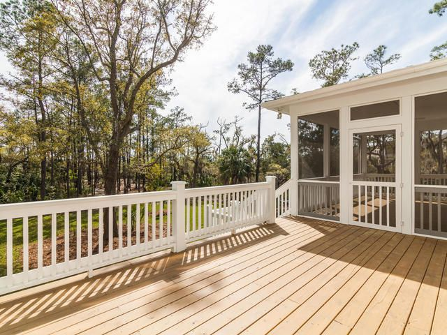 2789  Parkers Landing Road Mount Pleasant, SC 29466