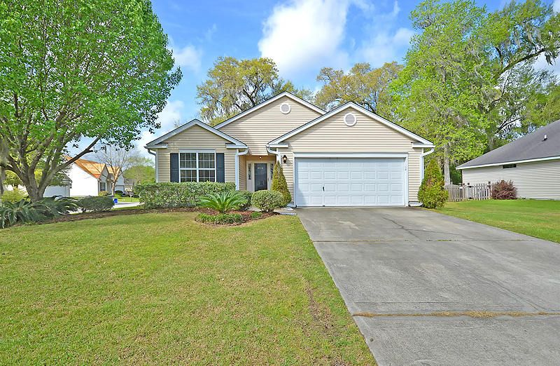 8512  Falling Leaf Lane North Charleston, SC 29420
