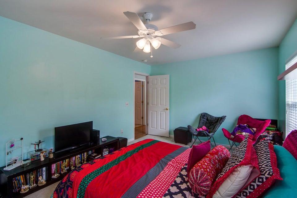 906  Lansfaire Drive Charleston, SC 29414