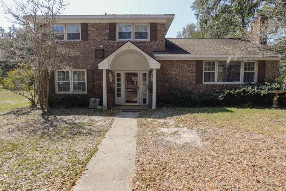 431  Trapier Drive Charleston, SC 29412