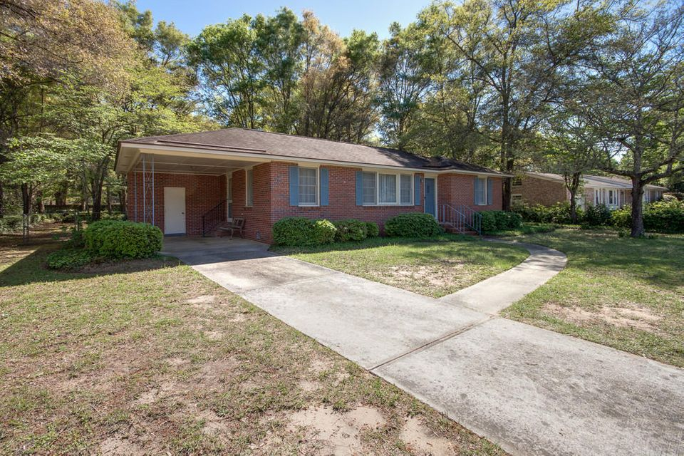 733  Harbor View Road Charleston, SC 29412