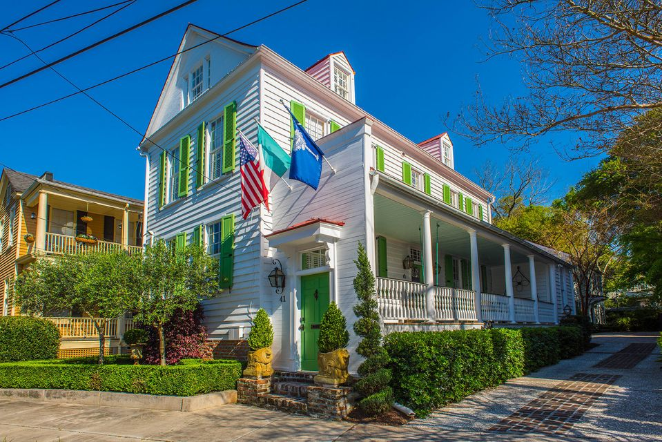 41  Chapel Street Charleston, SC 29403