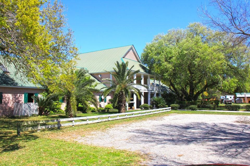 3561 Legareville Road Johns Island, SC 29455