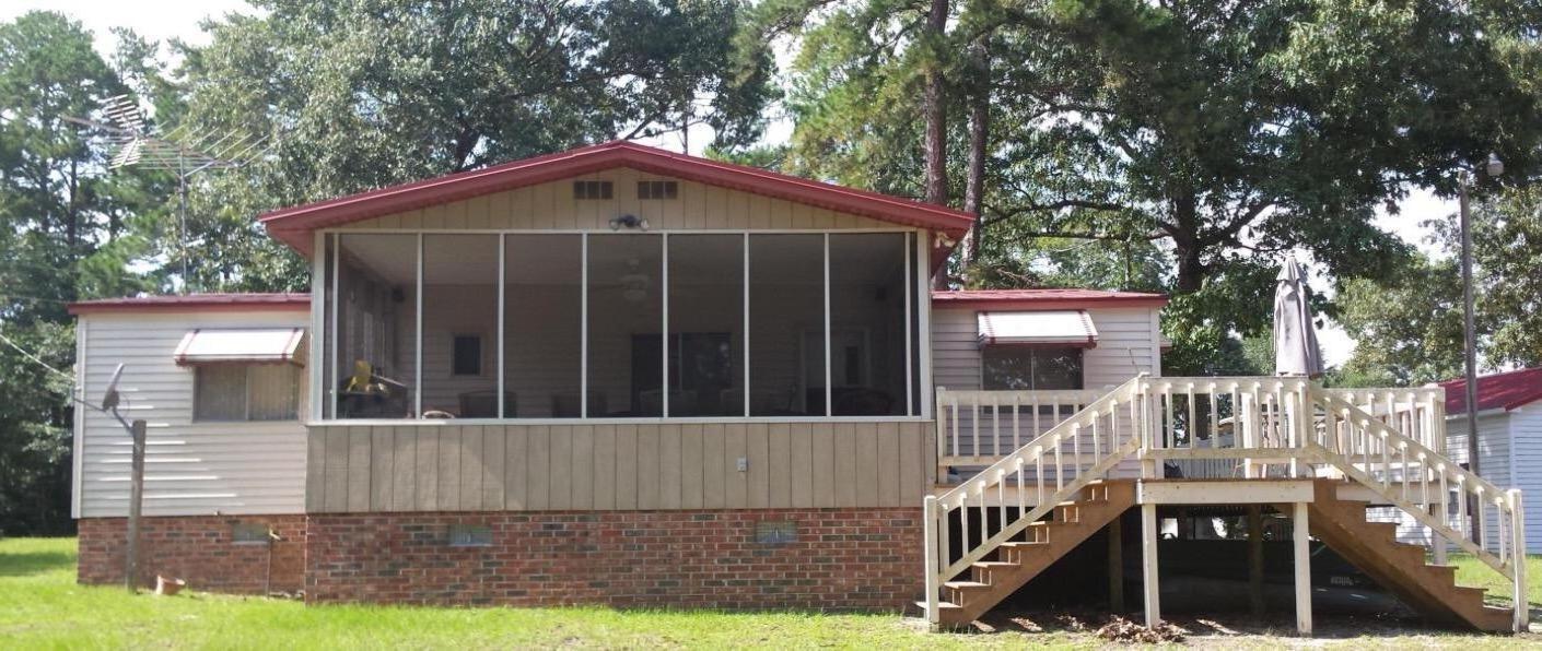 122  Pineridge Road Eutawville, SC 29048