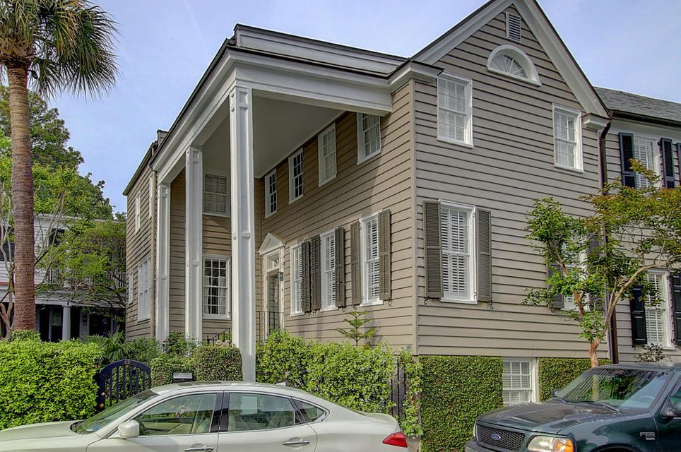 18 Water Street Charleston, SC 29401