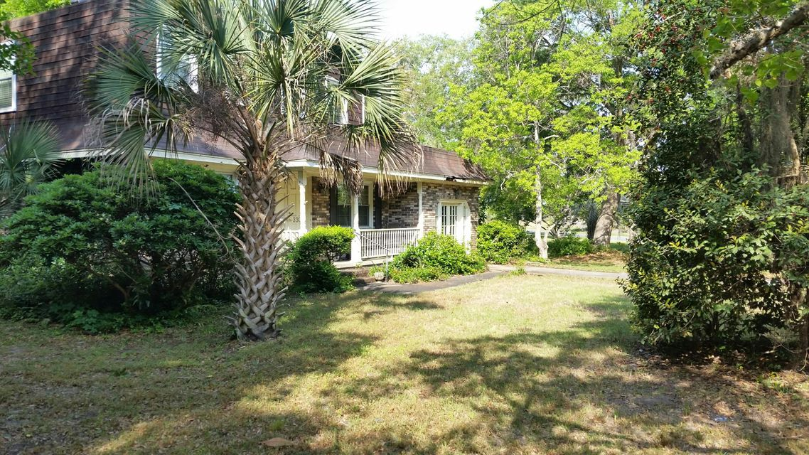 3304  Waterway Boulevard Isle Of Palms, SC 29451
