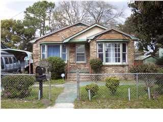 2217  Suffolk Street North Charleston, SC 29405