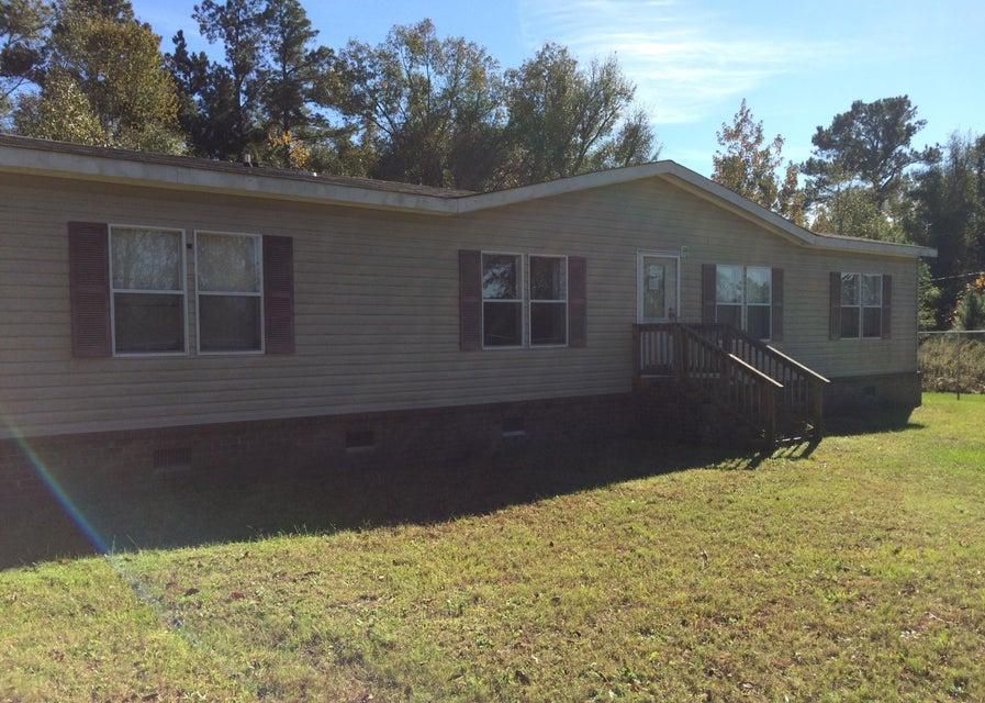 371 Gilmore Lane Ridgeville, SC 29472