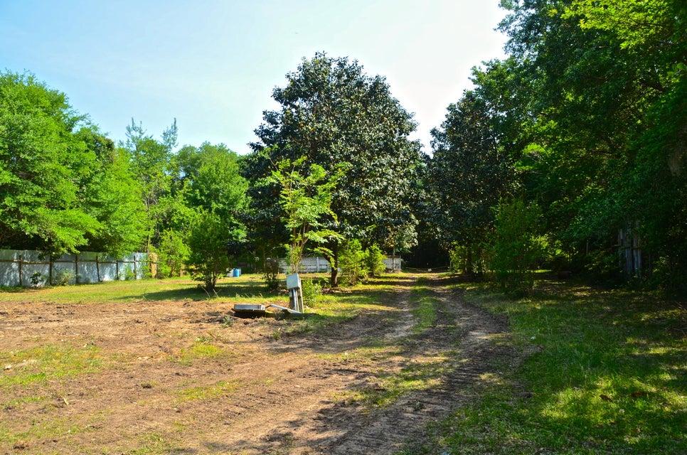 2718  Castnet Road Johns Island, SC 29455
