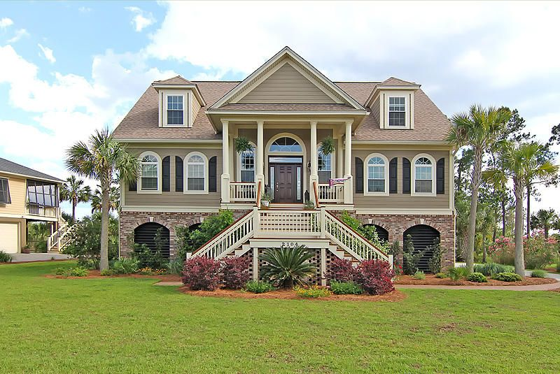 2104  Breezy Point Drive Mount Pleasant, SC 29466