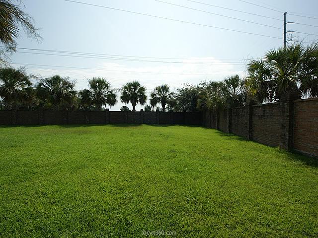142  Folly Road Boulevard Charleston, SC 29407