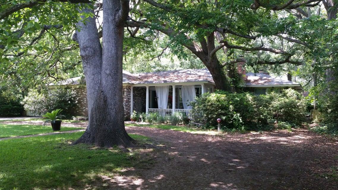 1710  Mchenry Avenue Charleston, SC 29412