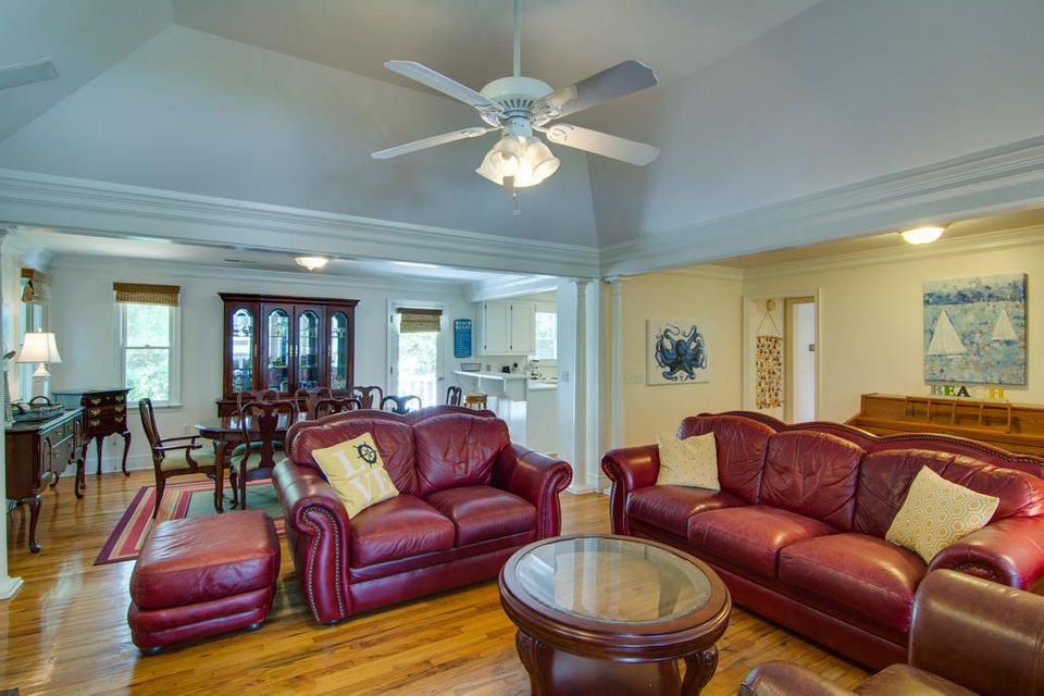 10  24TH Avenue Isle Of Palms, SC 29451