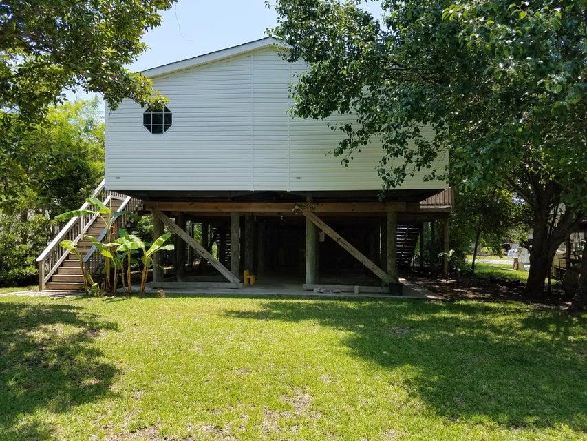 1576  Terns Nest Road Charleston, SC 29412