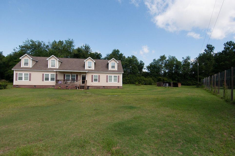 126  Brown Loop Harleyville, SC 29448