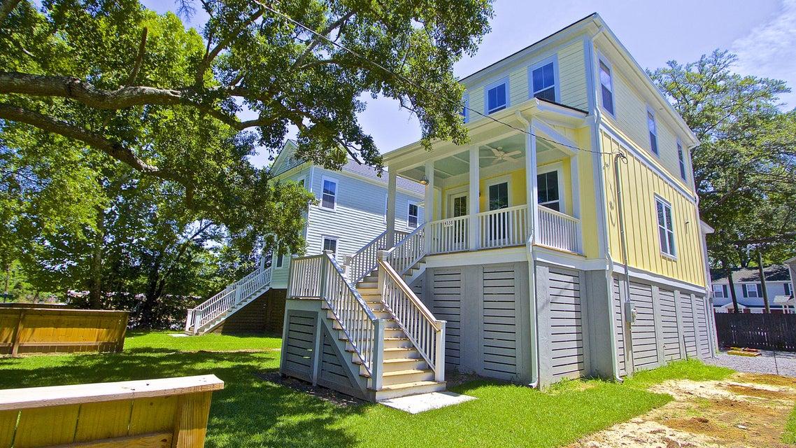 4338  Oakwood Avenue North Charleston, SC 29405