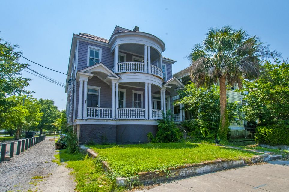47 Ashley Avenue Charleston, SC 29401