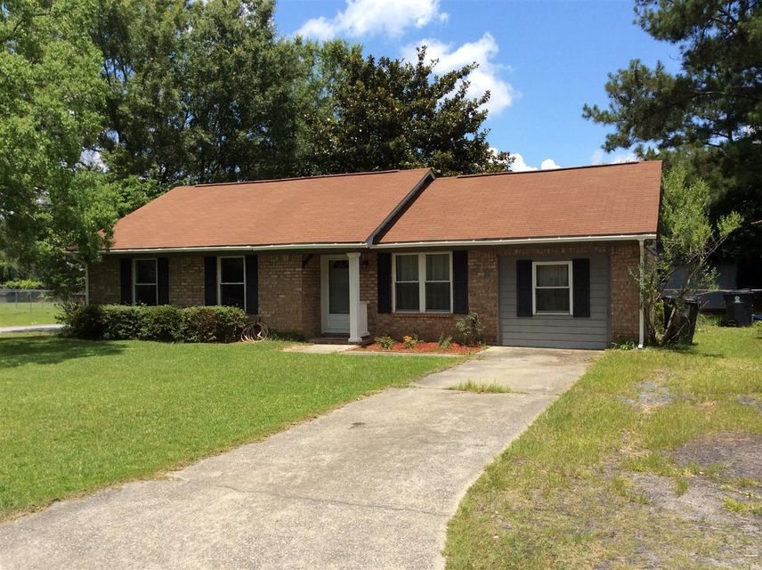 28  Clearwater Drive Goose Creek, SC 29445