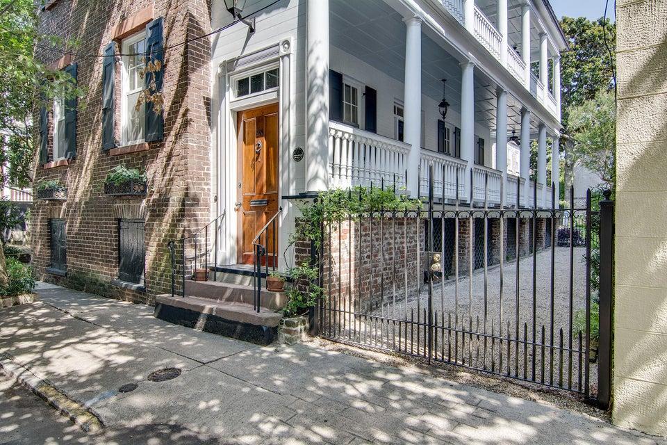 21  Wentworth Street Charleston, SC 29401