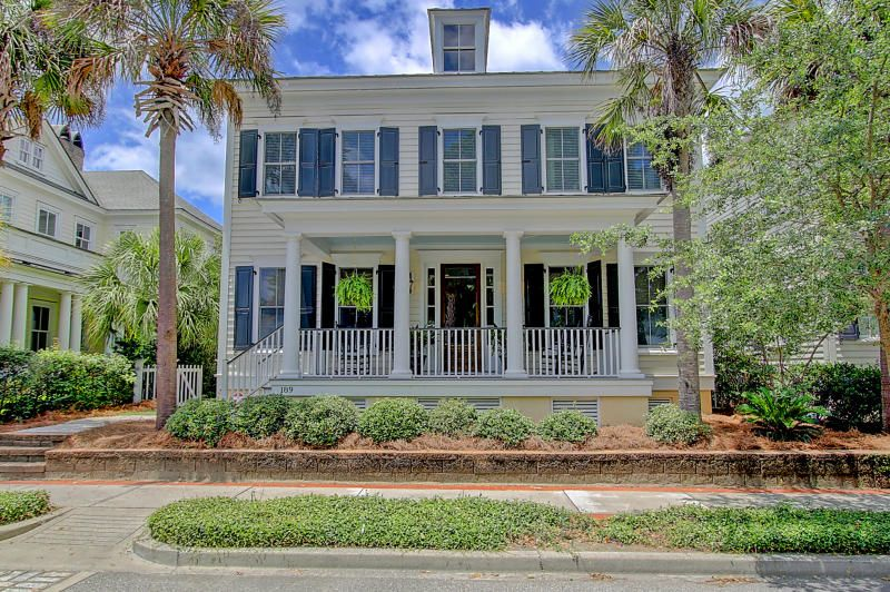 189 N Shelmore Boulevard Mount Pleasant, SC 29464