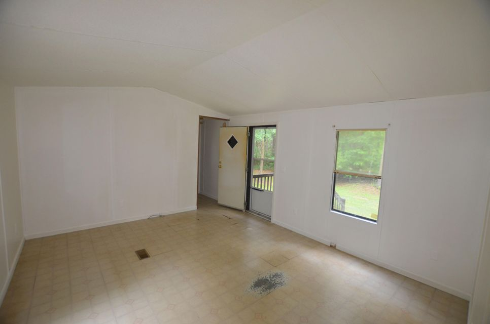874  Grannys Lane Awendaw, SC 29429