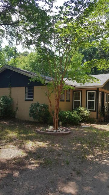 3790  Garden Hill Road Mount Pleasant, SC 29466