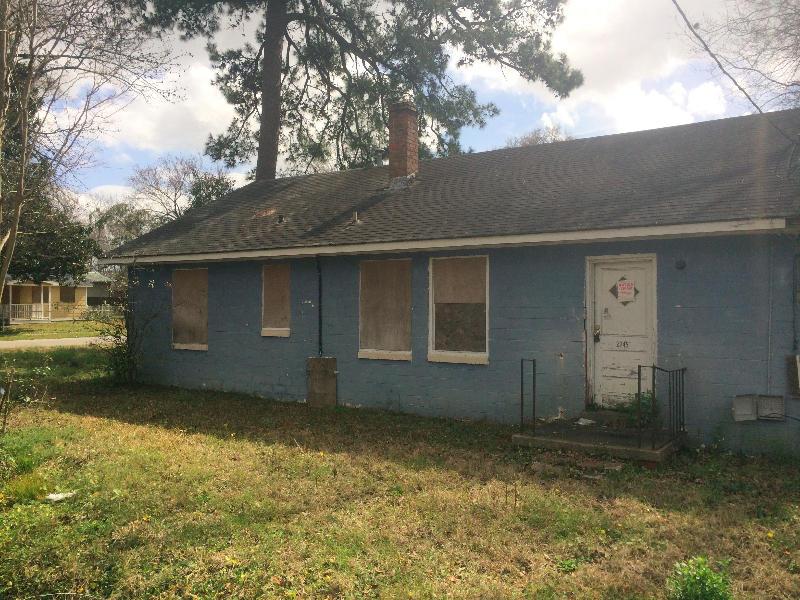 2245  Russelldale Avenue North Charleston, SC 29406