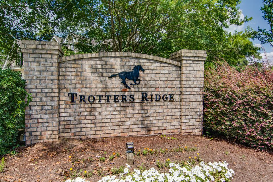 1049  Trotters Boulevard Summerville, SC 29483