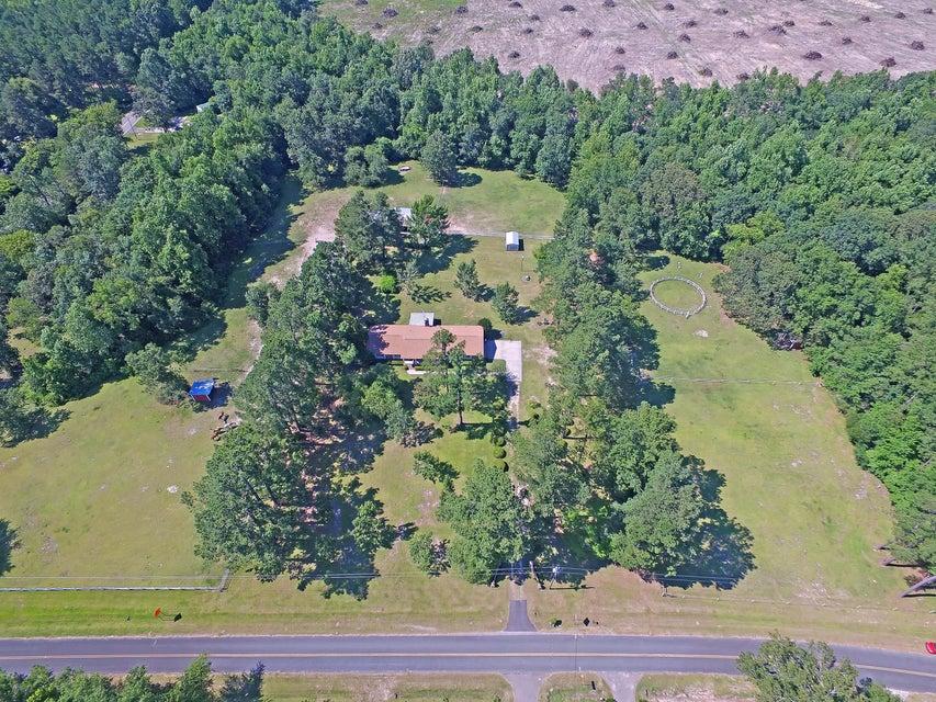 1016  Springhill Church Road Ridgeville, SC 29472