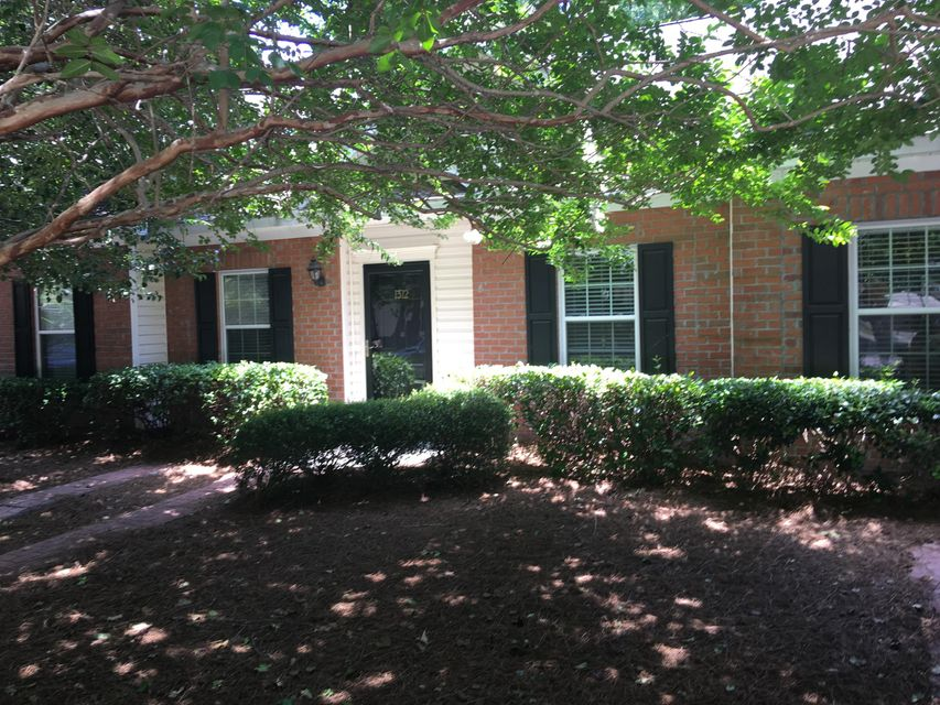 1312  Old Tabby Lane Mount Pleasant, SC 29464