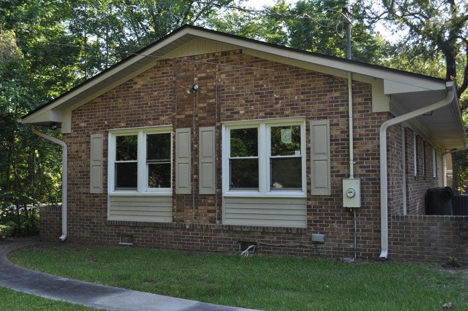 115  Englewood Road Goose Creek, SC 29445