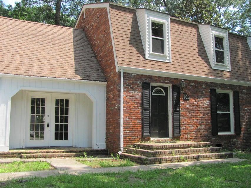 102  Foxcroft Lane Summerville, SC 29485