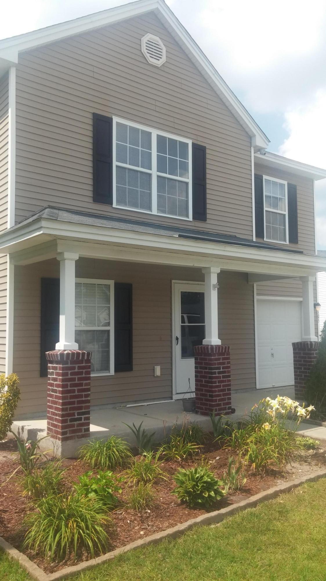 105  Cranston Lane Summerville, SC 29483