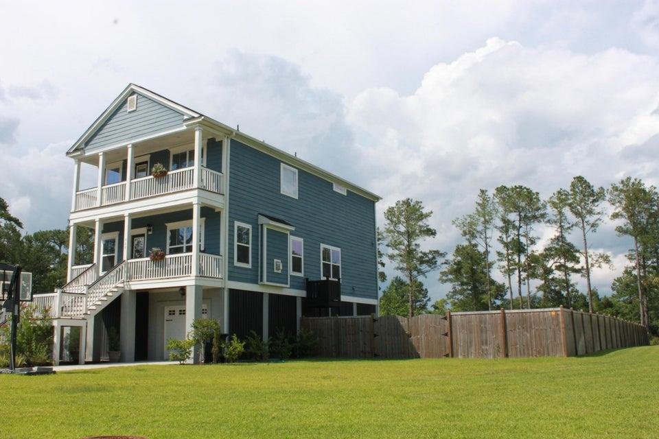 528 Sanders Farm Lane Charleston, SC 29492