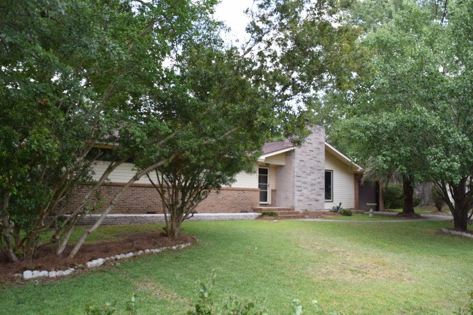 2862  Palmer Drive Charleston, SC 29414
