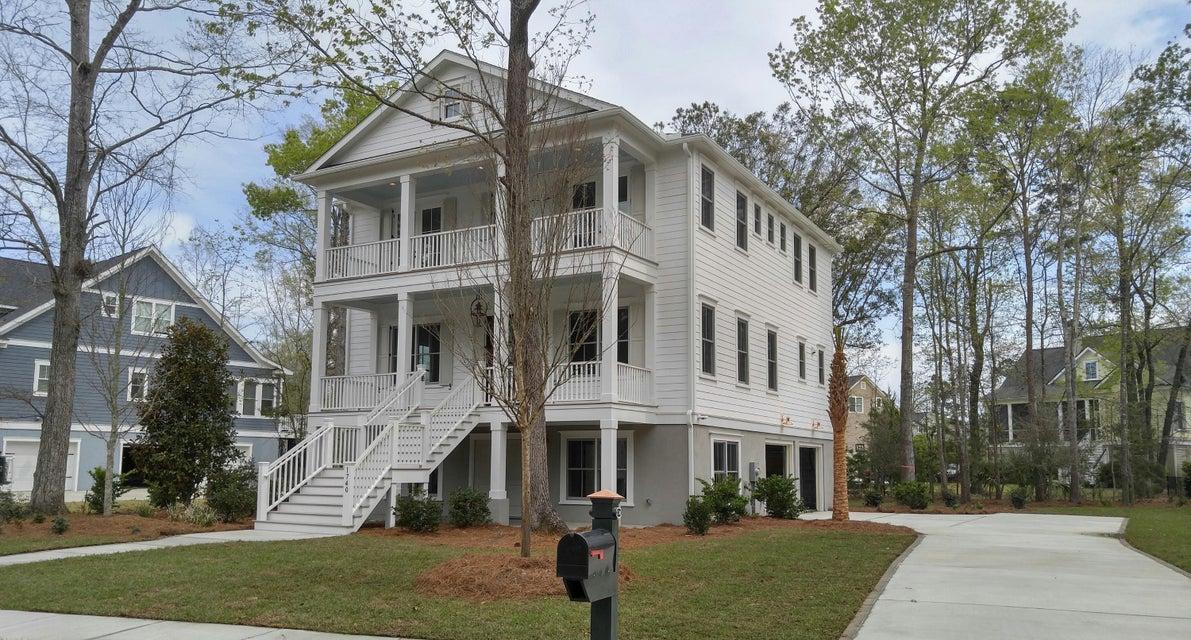 2717  Oak Manor Drive Mount Pleasant, SC 29466