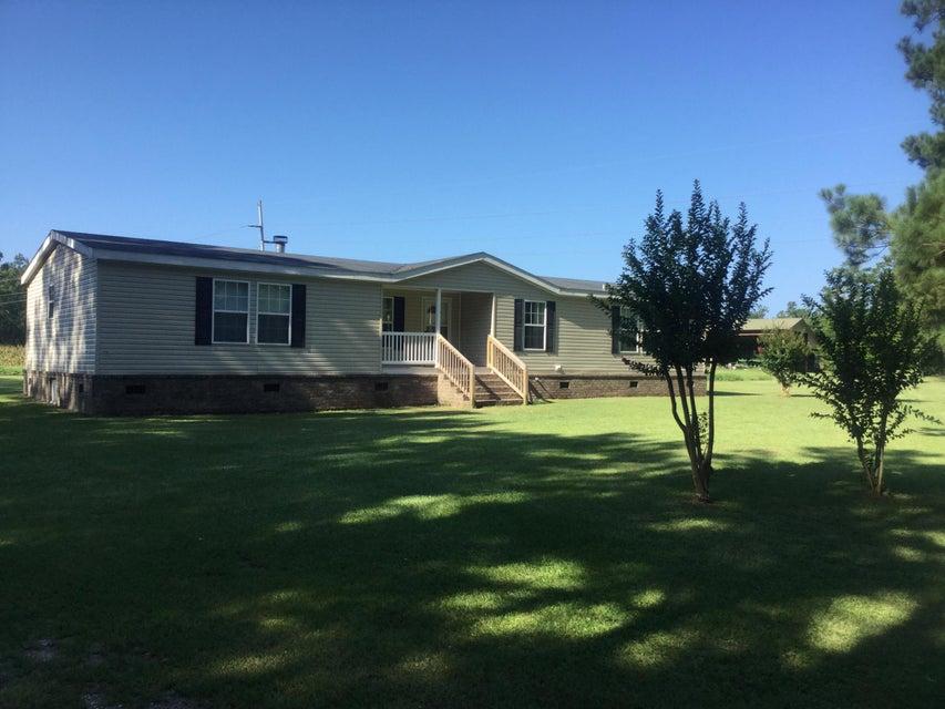 528  Dennis Ridge Road Bonneau, SC 29431