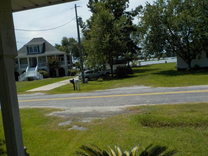 1226  Longpoint Road Cross, SC 29436