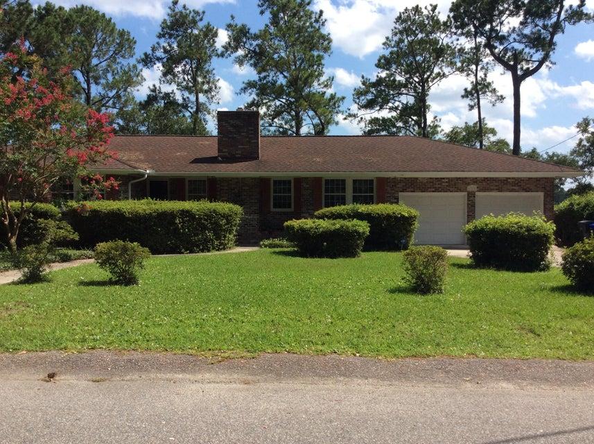 1317  Pembrooke Drive Charleston, SC 29407