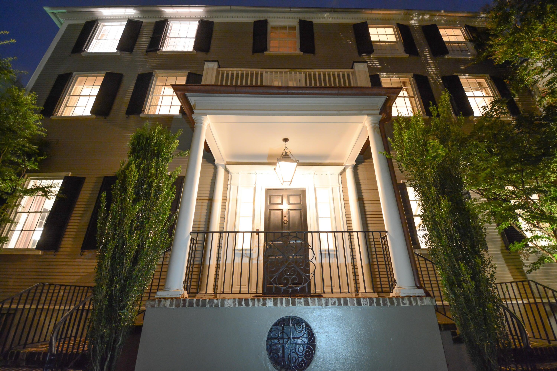 10  King Street Charleston, SC 29401