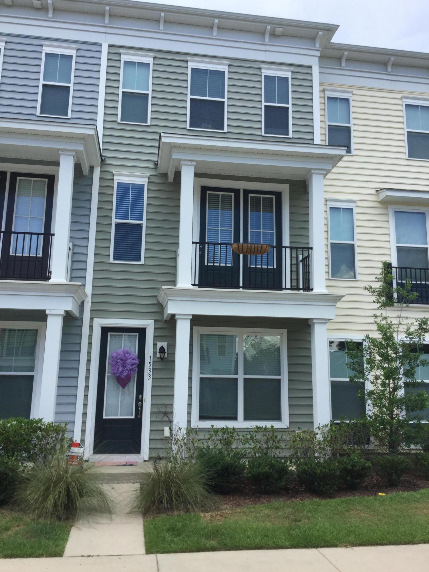 1533  Bluewater Way Charleston, SC 29414