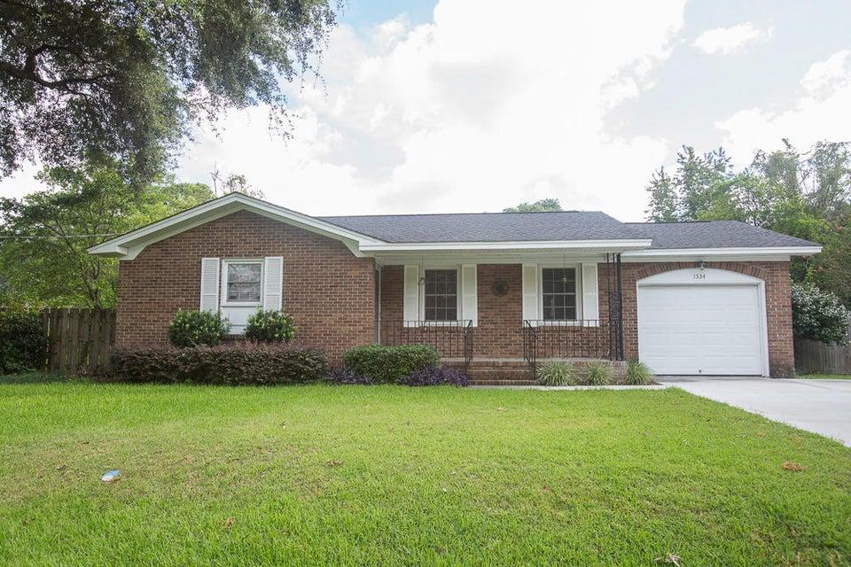 1334  Hampshire Road Charleston, SC 29412