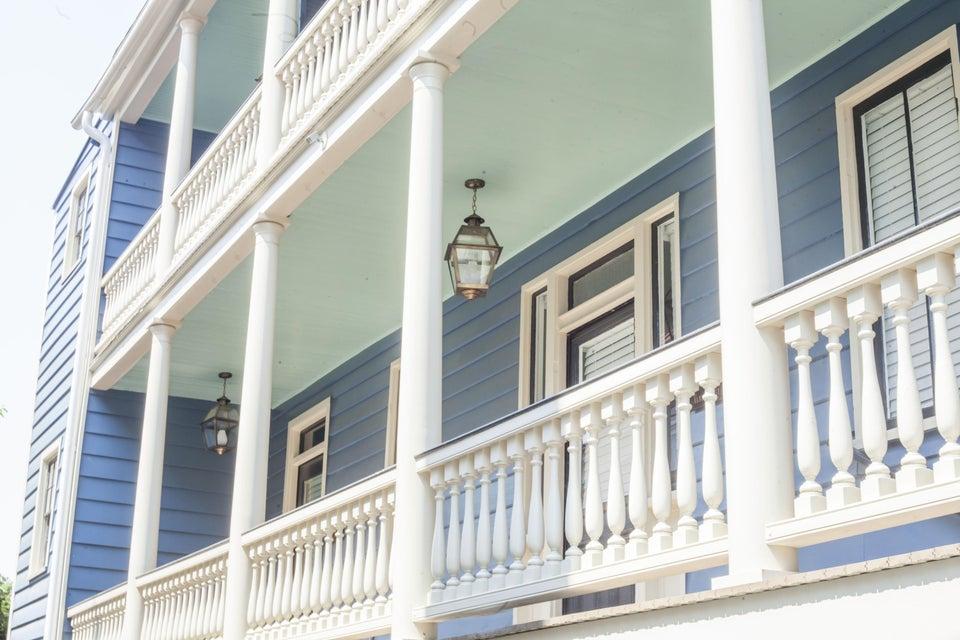 42  Vanderhorst Street Charleston, SC 29403