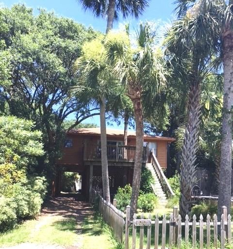 1006 E Cooper Avenue Folly Beach, SC 29439