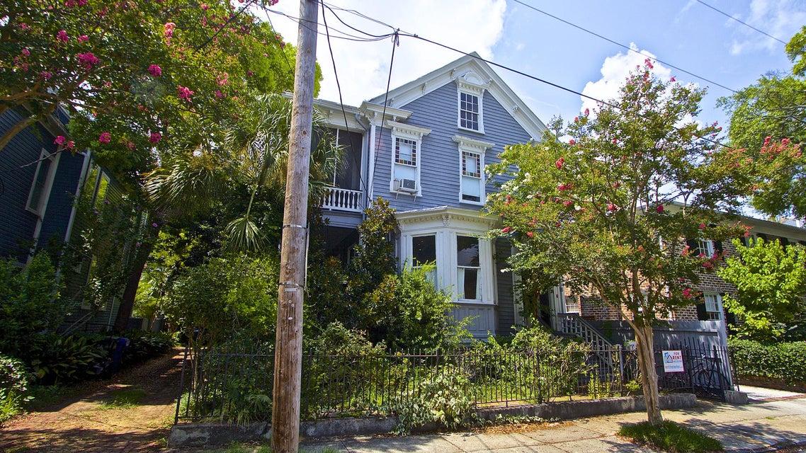 33  New Street Charleston, SC 29401